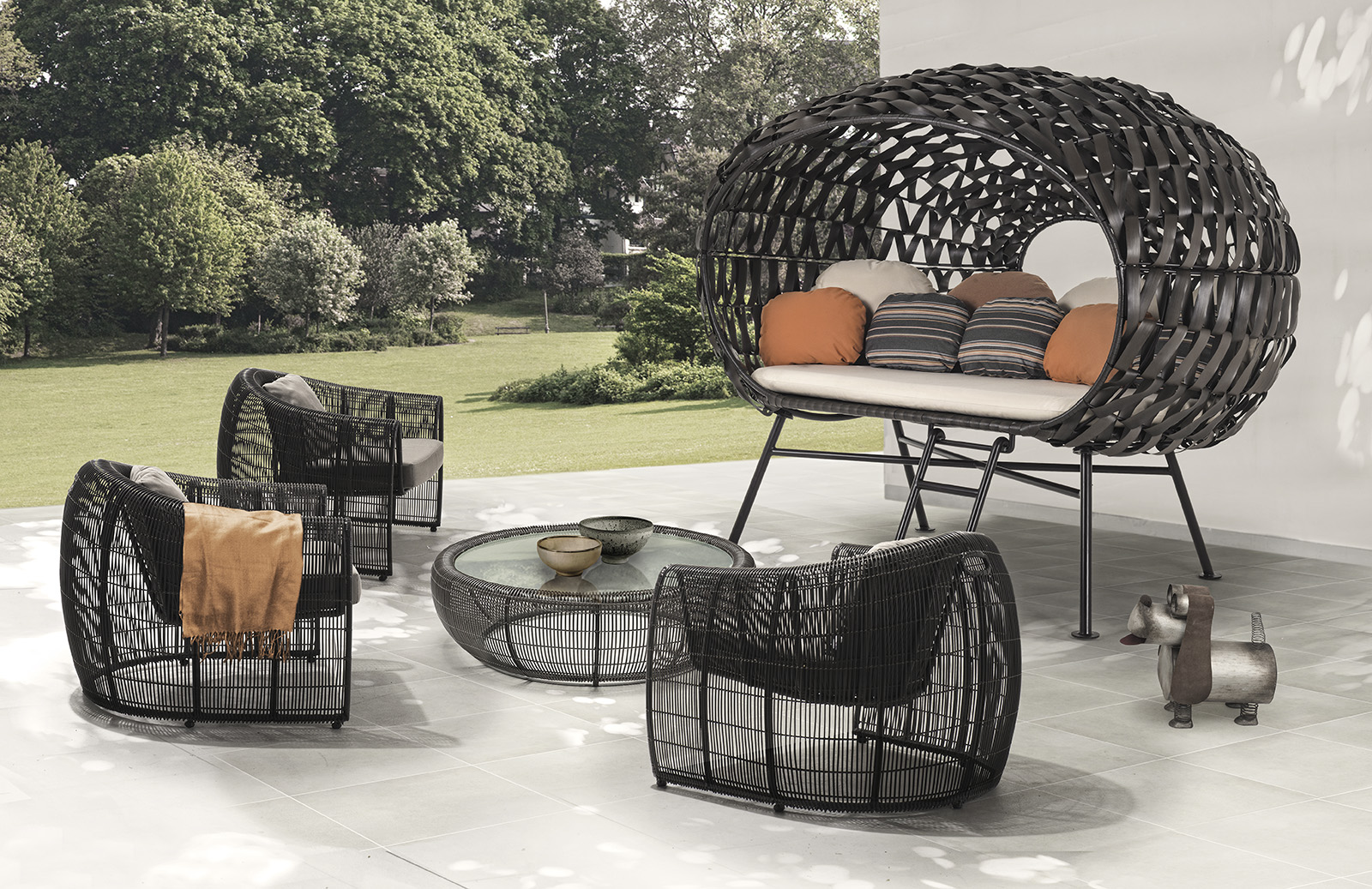 Outdoor Furniture Inventive 2014 New Style Outdoor Synthetic Rattan Furniture Factory Direct Selling Price Sun Loungers